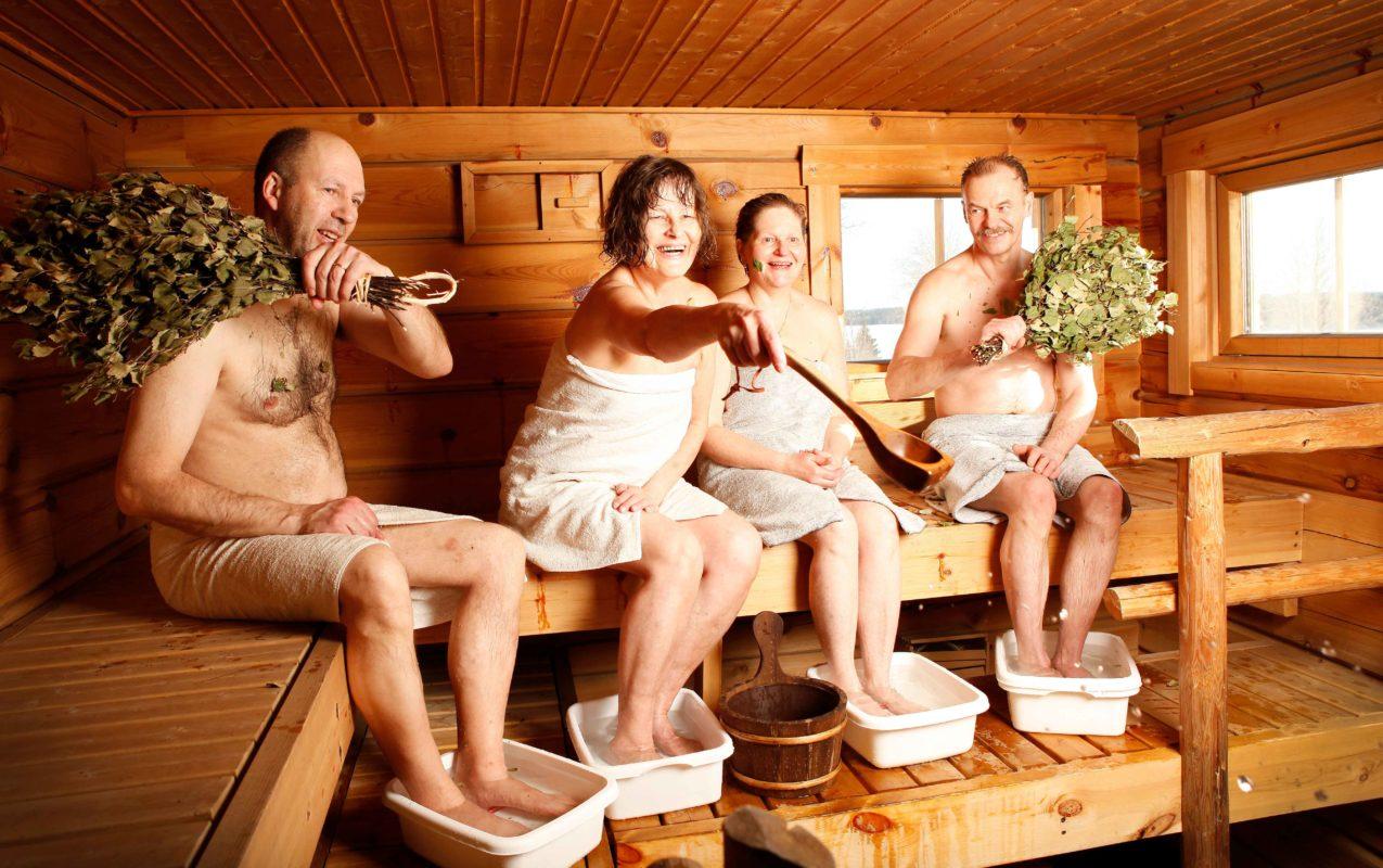 Общая баня секс видео реальная